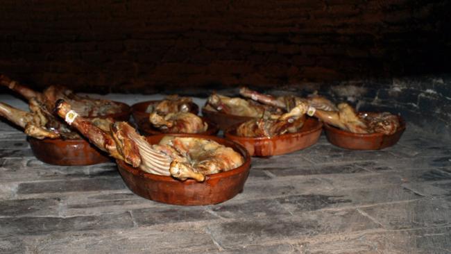 Especialidad en Lechazo Asado. Restaurante Asador El Panadero